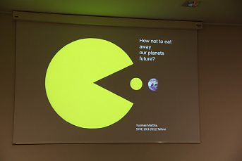 "Pictures of seminar: ""Footprints of Food: from Data to Awareness"""